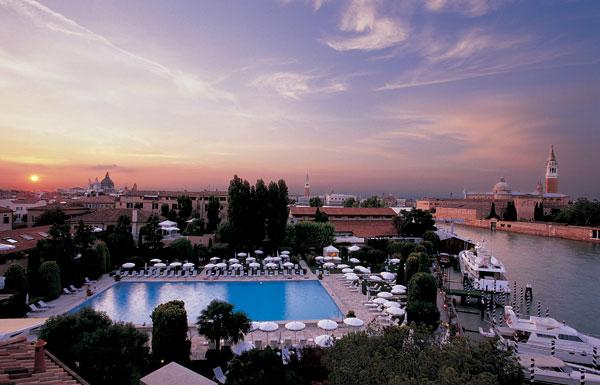 cipriani-pool