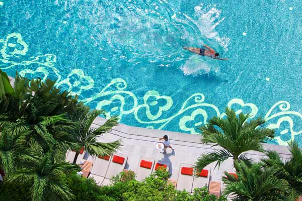 05-swimming-pool