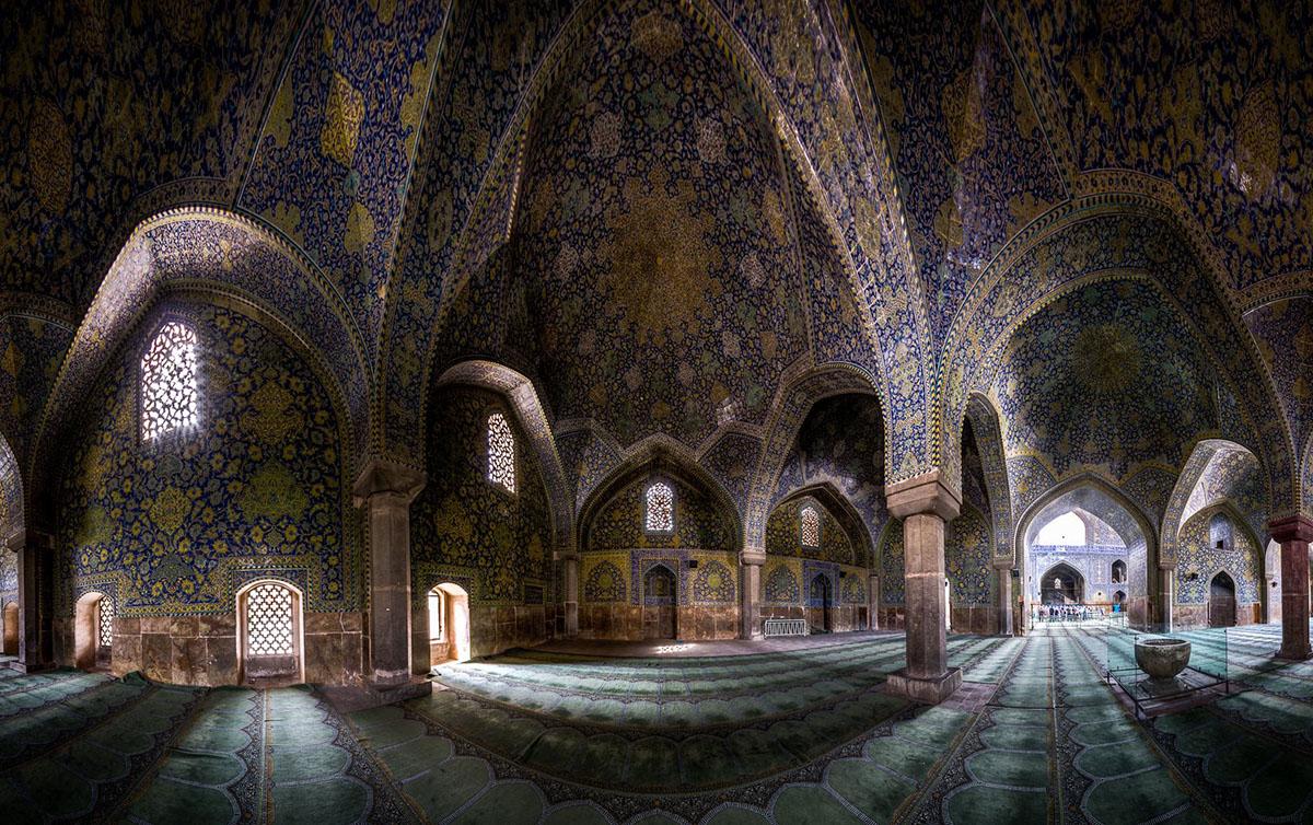 Emam-Shah-mosque-Isfahan-travelmodus