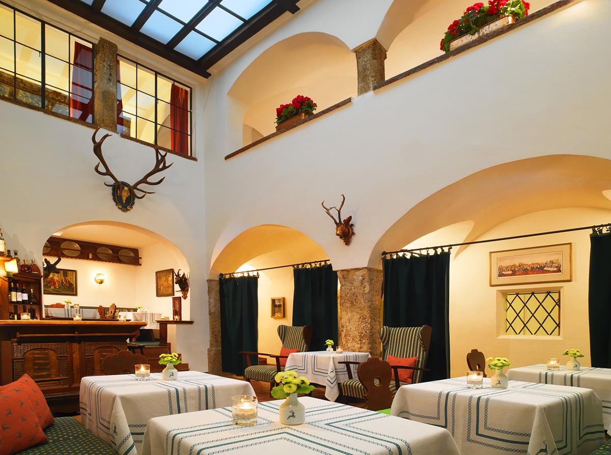 Restaurant-Goldener-Hirsch-travelmodus-2