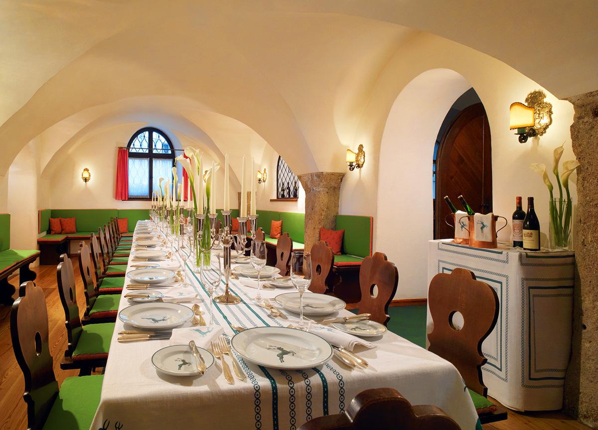 Restaurant-Goldener-Hirsch-travelmodus-3