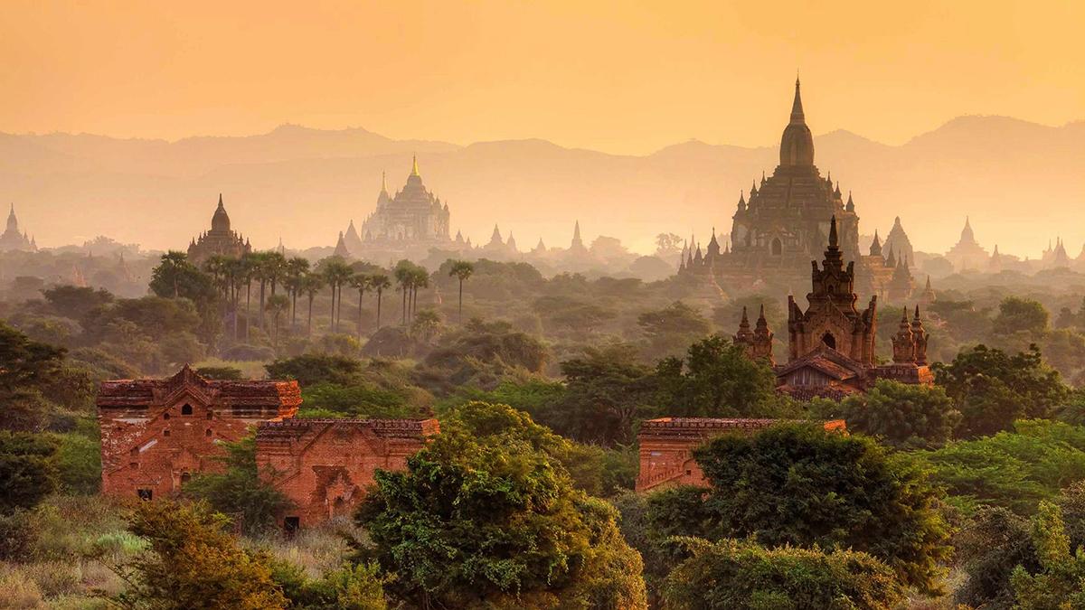 aBagan-Ruins-Myanmar-travelmodus