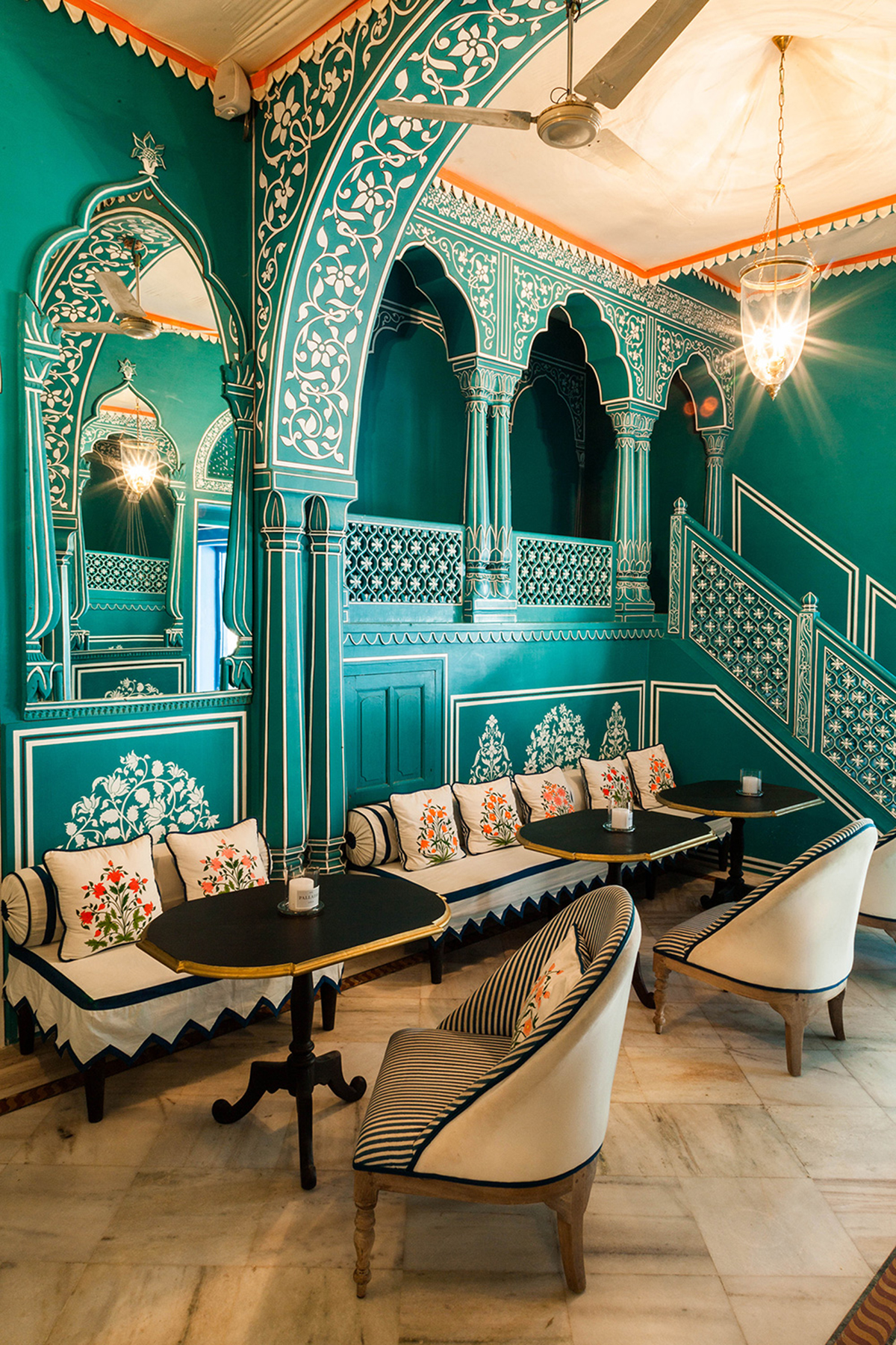 Bar-Palladio-Jaipur-travelmodus-3