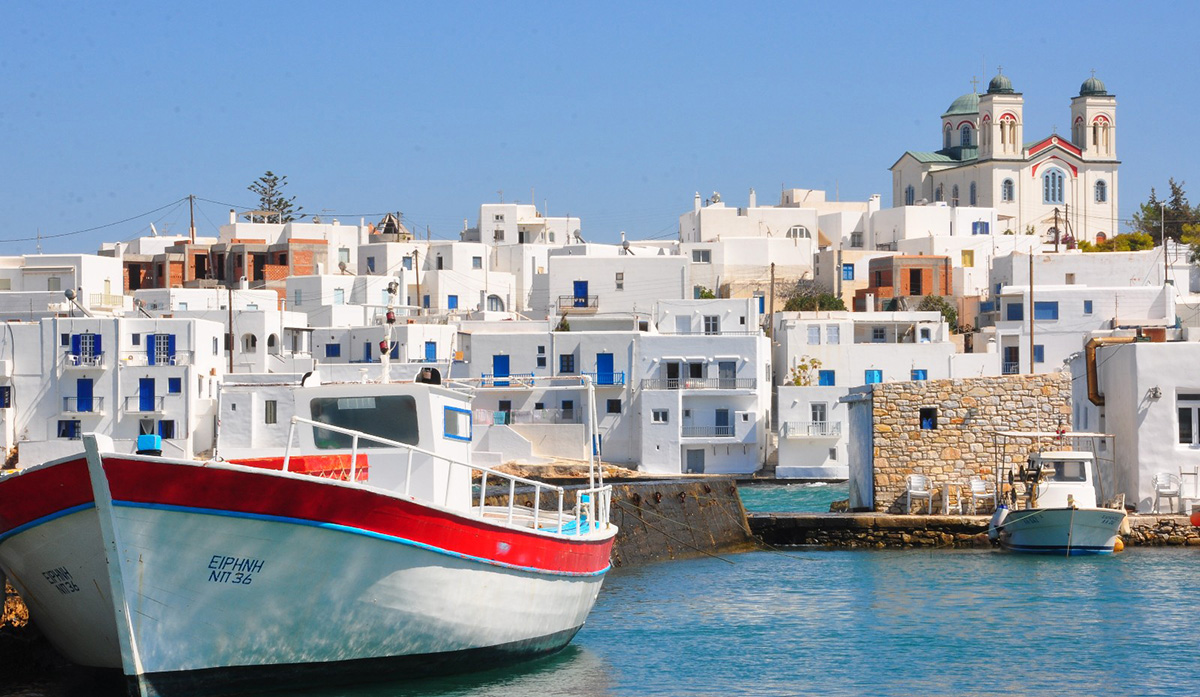 Paros-Island-travelmodus-Recovered